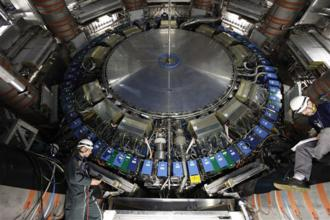 Detektor ATLAS Š CERN