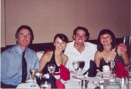 Corki Monika, Paulina, Doug (Pauliny chłopak) i Kaz