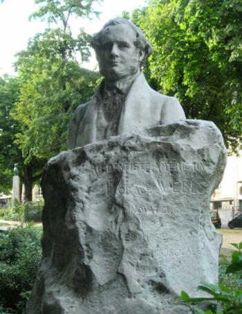 Paryska statua Horacego Wellsa