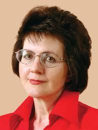 Leokadia Oręziak — profesor zwyczajna w Katedrze Finansów Międzynarodowych SGH. Kieruje Studium Doktoranckim w Kolegium Gospodarki Światowej SGH, jest również kierowniczką Zakładu Finansów Przedsiębiorstw i Ubezpieczeń. Specjalistka z dziedziny finansów międzynarodowych, rynku finansowego oraz integracji europejskiej. Ukończyła Wydział Handlu Zagranicznego SGPiS. W 2000 r. uzyskała tytuł profesora nauk ekonomicznych. Odbyła studia i staże zagraniczne m.in. w Université de Paris I, Centre International de Formation Européenne (Francja), Europäische Akademie Bayern (Niemcy) i Collčge Universitaire d'Etudes Fédéralistes (Włochy).
